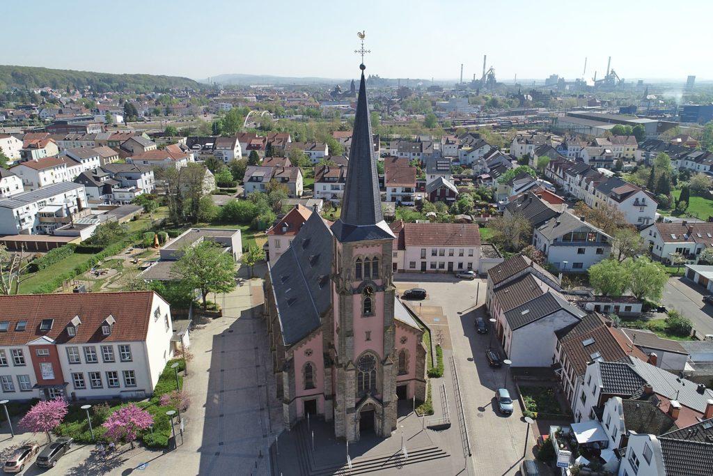 Kirche St. Maximin Pachten